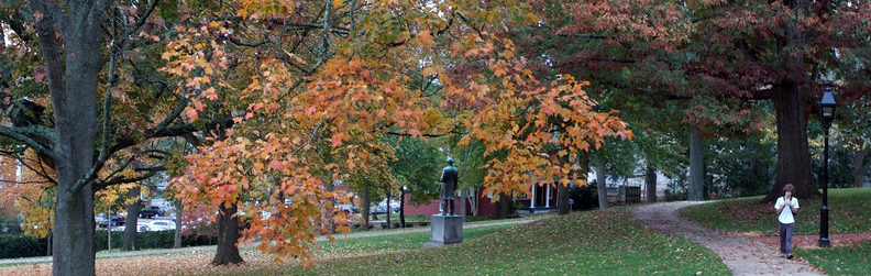 Fall at W&L: Early morning on front campus.